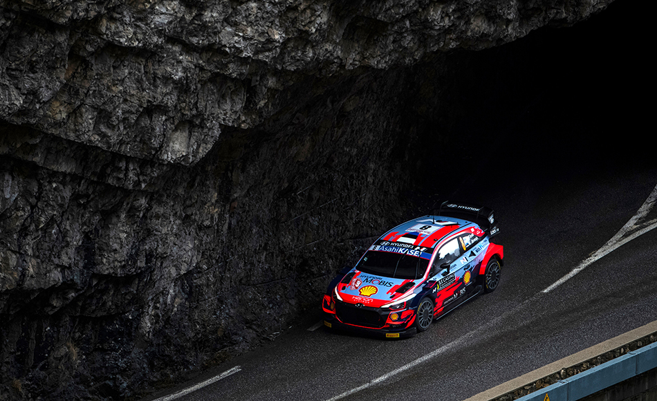 Tänak takes early Rallye Monte Carlo lead